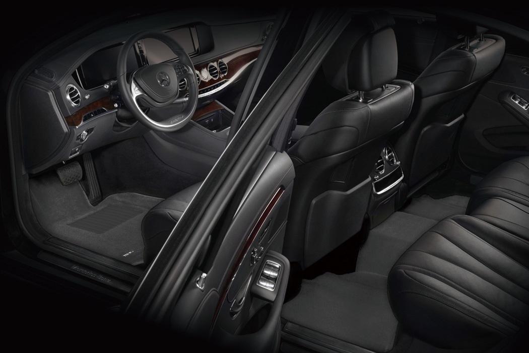 Коврики салона текстильные Chrysler 300C 2006-> LINER 3D Lux с бортиком серые